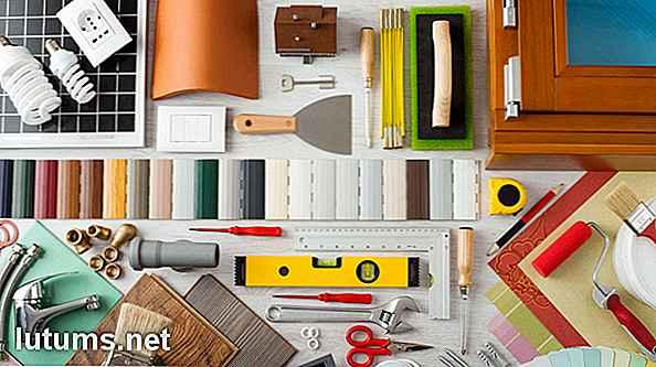 Accessoires, Wie Grünpflanzen, Kunstwerke Und Dekorative Töpferwaren,  Können Auch Bei Kleinem Budget Erstaunlich Viel Bewirken.
